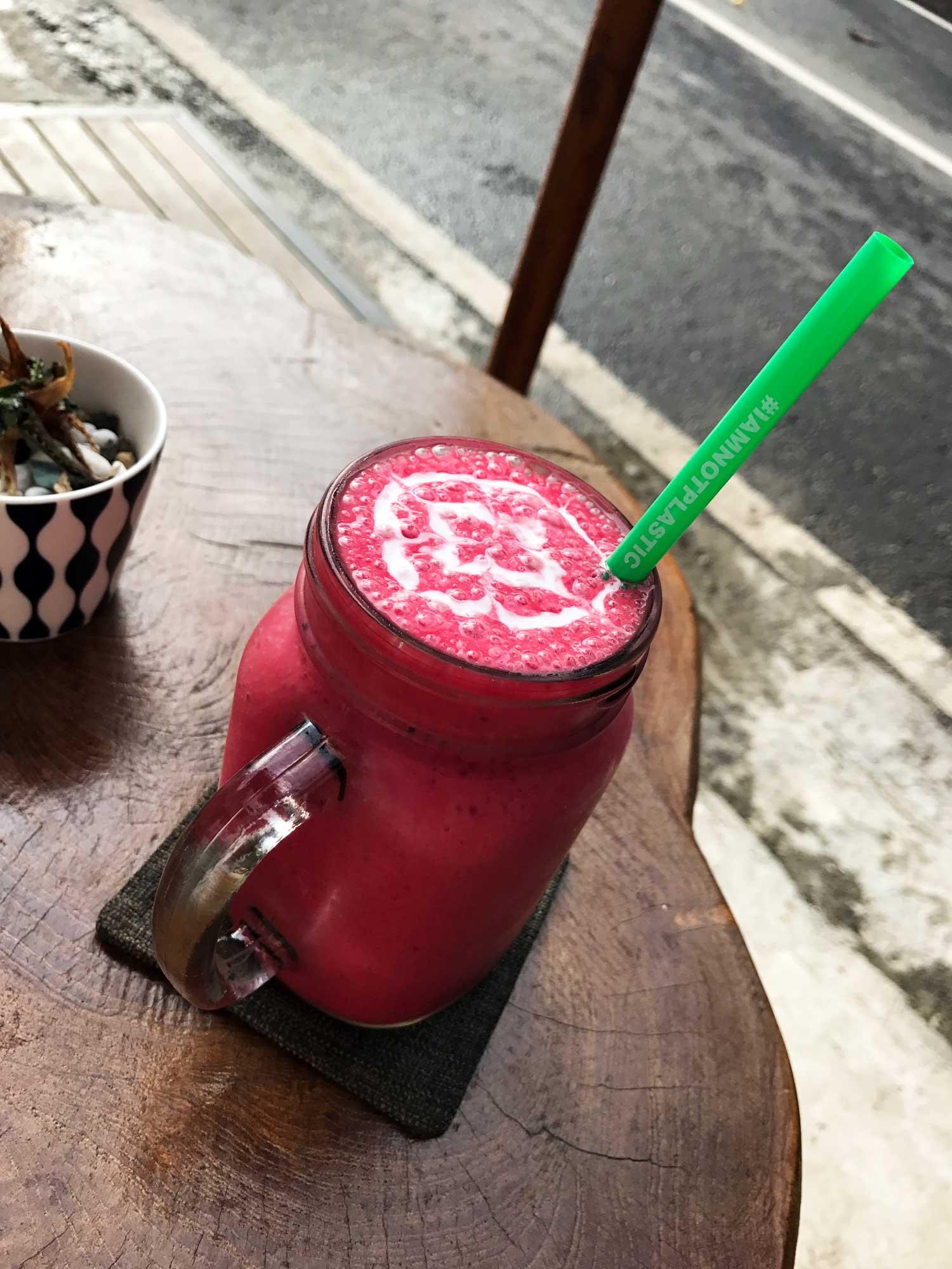 Bali Bowls and Smoothies - Canggu - Travel Blog - Screw Them All
