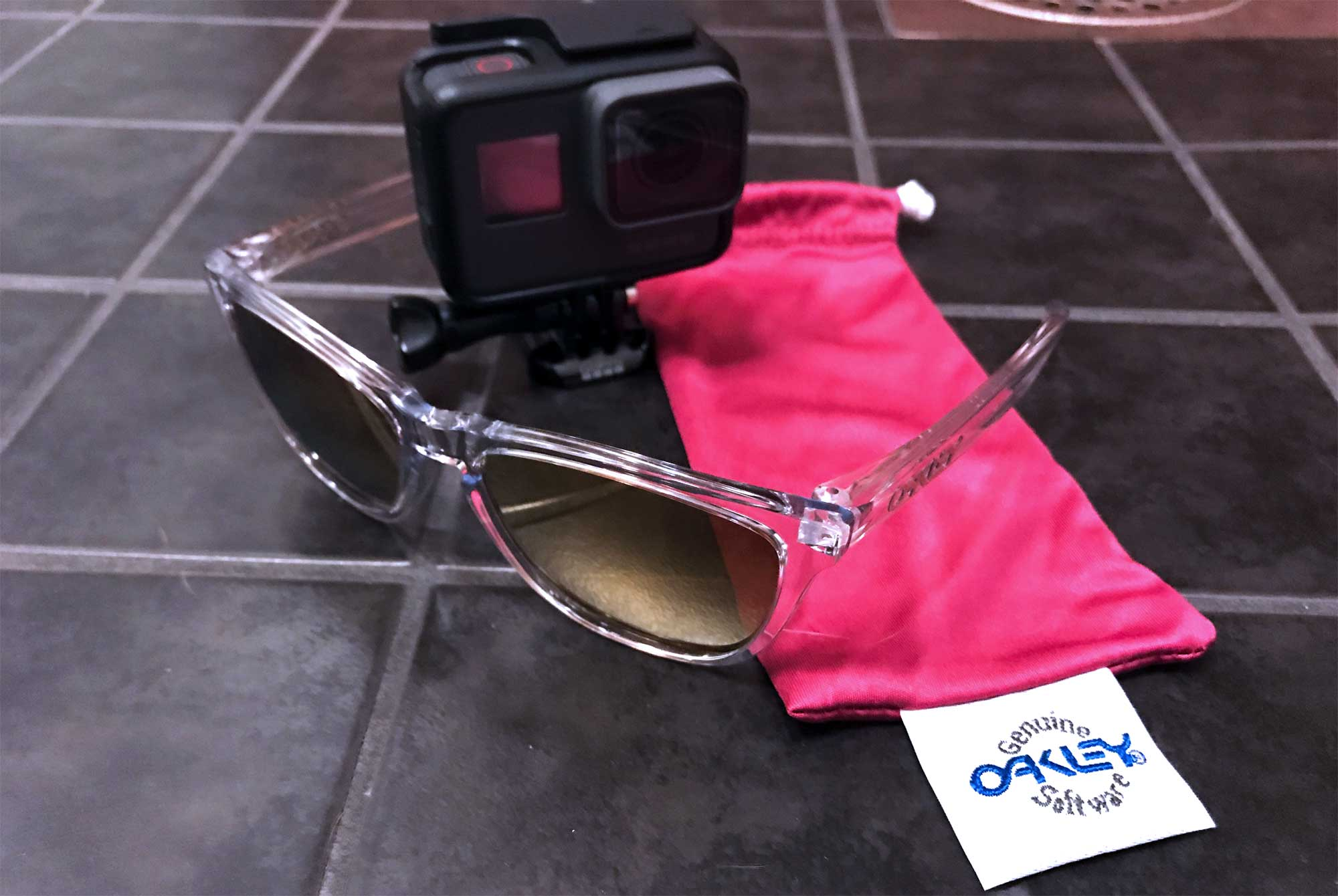Oakley Frogskins Crystal Ediition 24K Iridium - GoPro Hero6 Black - Screw Them All
