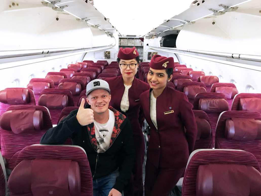 Qatar Airways QR308 - Cabin crew - Helsinki to Doha - Travel - Blog - Screw Them All