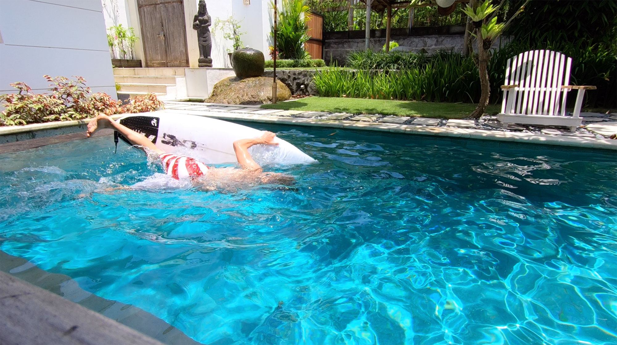 Duck dive in pool - Bali, Indonesia - Screw Them All - Blog